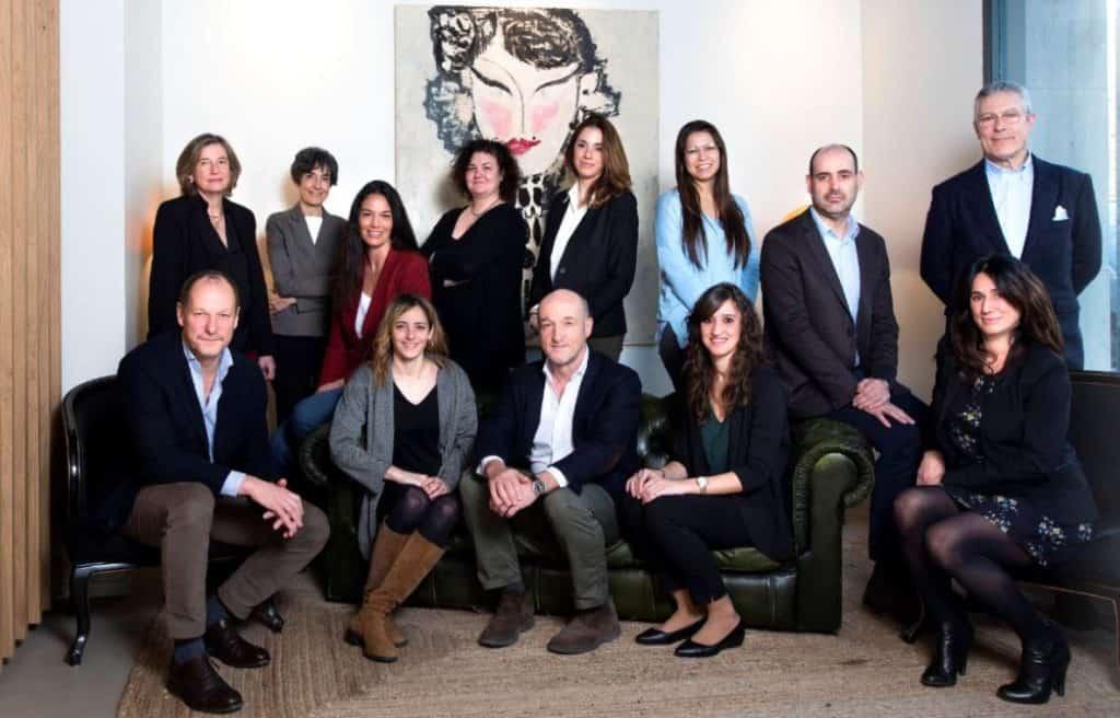 Almendros - administracion fincas y agencia inmobiliaria barcelona_