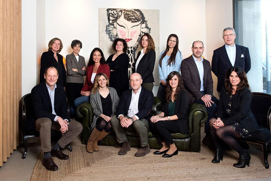 Equipo Almendros, Administradores fincas en barcelona, administracion fincas barcelona